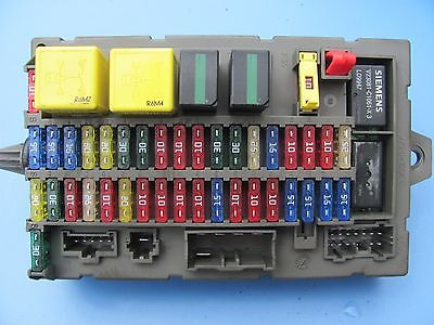 land rover discovery ii front fuse box yqe103830 1999 2000. Black Bedroom Furniture Sets. Home Design Ideas