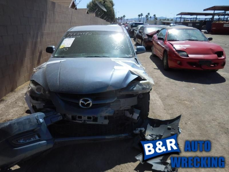 07 08 09 MAZDA 3 L. TAIL LIGHT HTBK QUARTER PANEL MOUNTED BULB TYPE 7852973 7852973