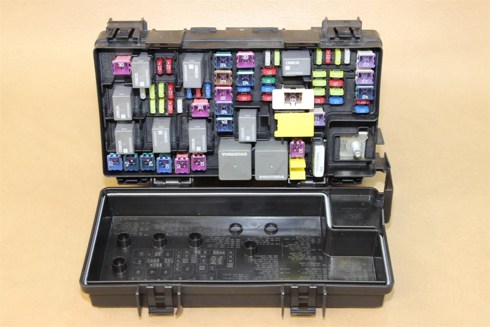 REMAN 2011 JOURNEY CARAVAN TIPM TEMIC INTEGRATED FUSE BOX MODULE 04692335AH  OEM Does Not Apply 1108