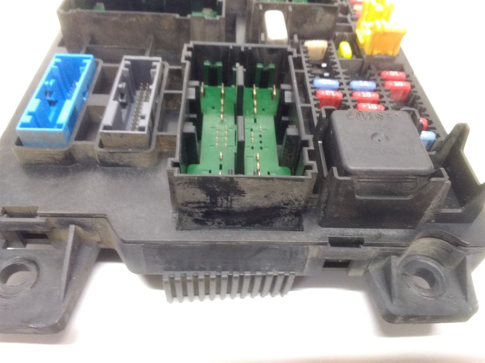 04 06 Dodge Durango Cabin Fuse Box Multifunction Relay Junction Oem 56049173af Does Not Apply