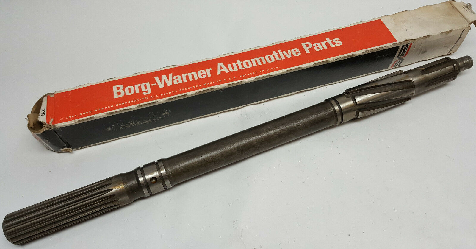 NOS Delco/ GM/ Borg Warner 3 speed transmission parts main shaft old inventory Cool Part Our Part #49292