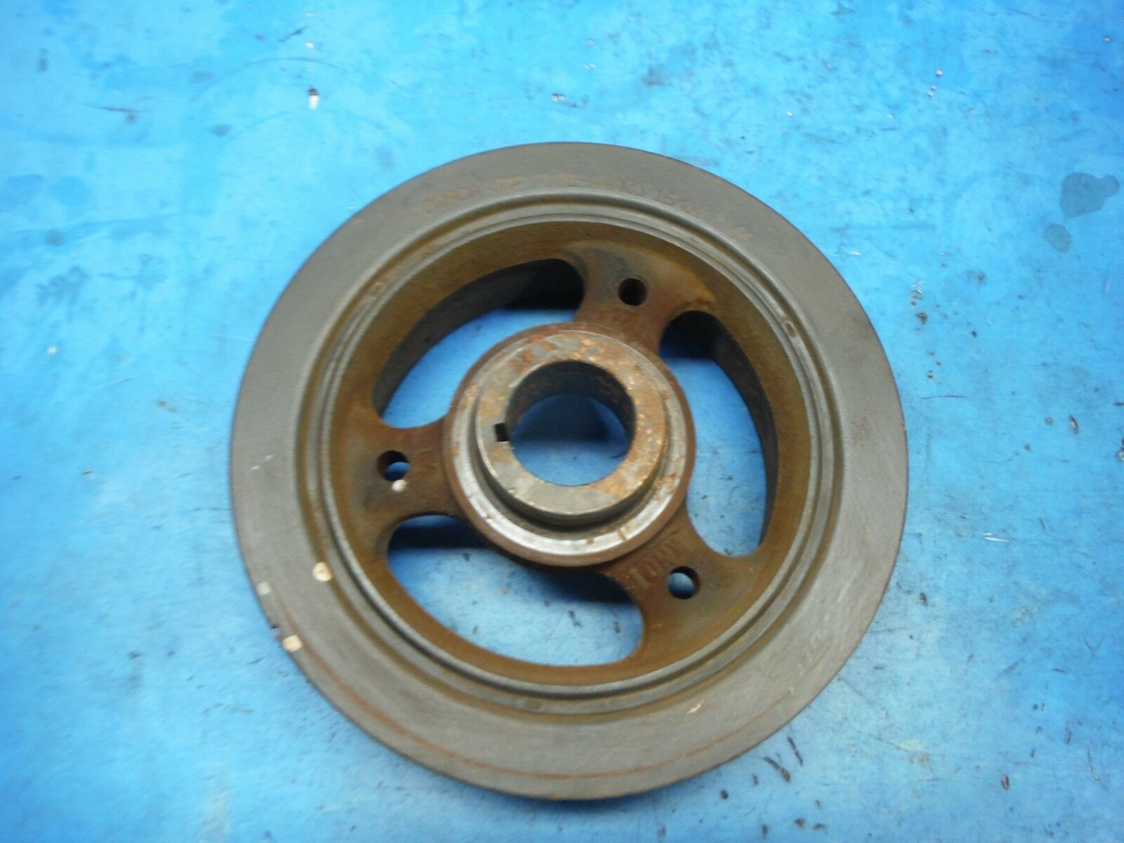 5.4 Ford engine harmonic balancer / crank pulley 2L7E-A4A