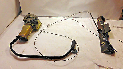Alfa Romeo spider right door power window motor and regulator 81 - 89