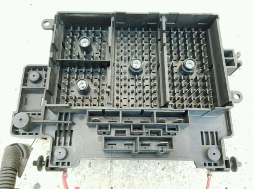 2003 04 05 2006 chevy suburban 1500 oem fuse box under Lifted Suburban 2005 Chevy Suburban