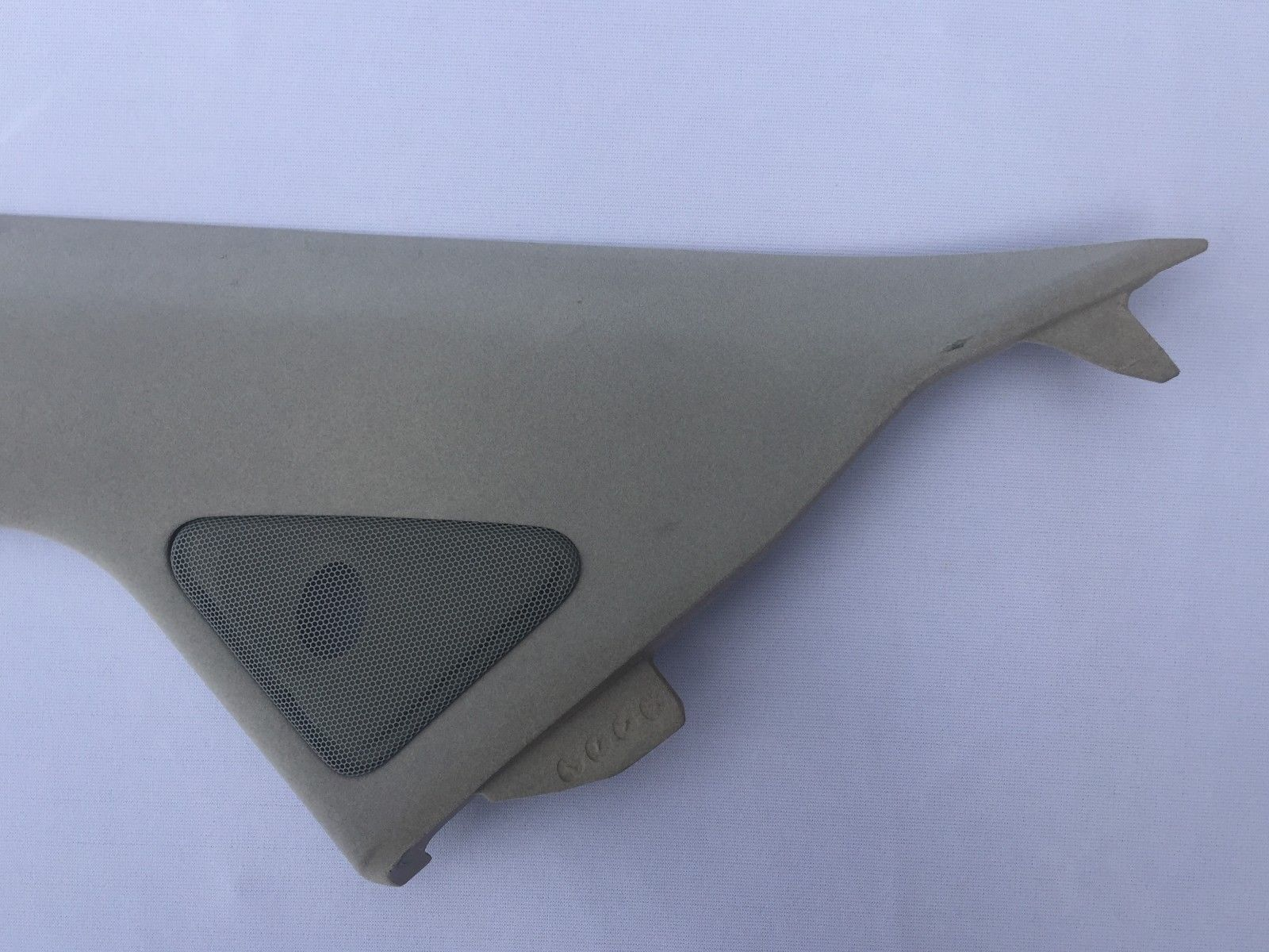 2004-2006 LEXUS RX 330 GRAY FRONT LEFT A PILLAR TRIM GARNISH OEM 62212-48020 62212-48020