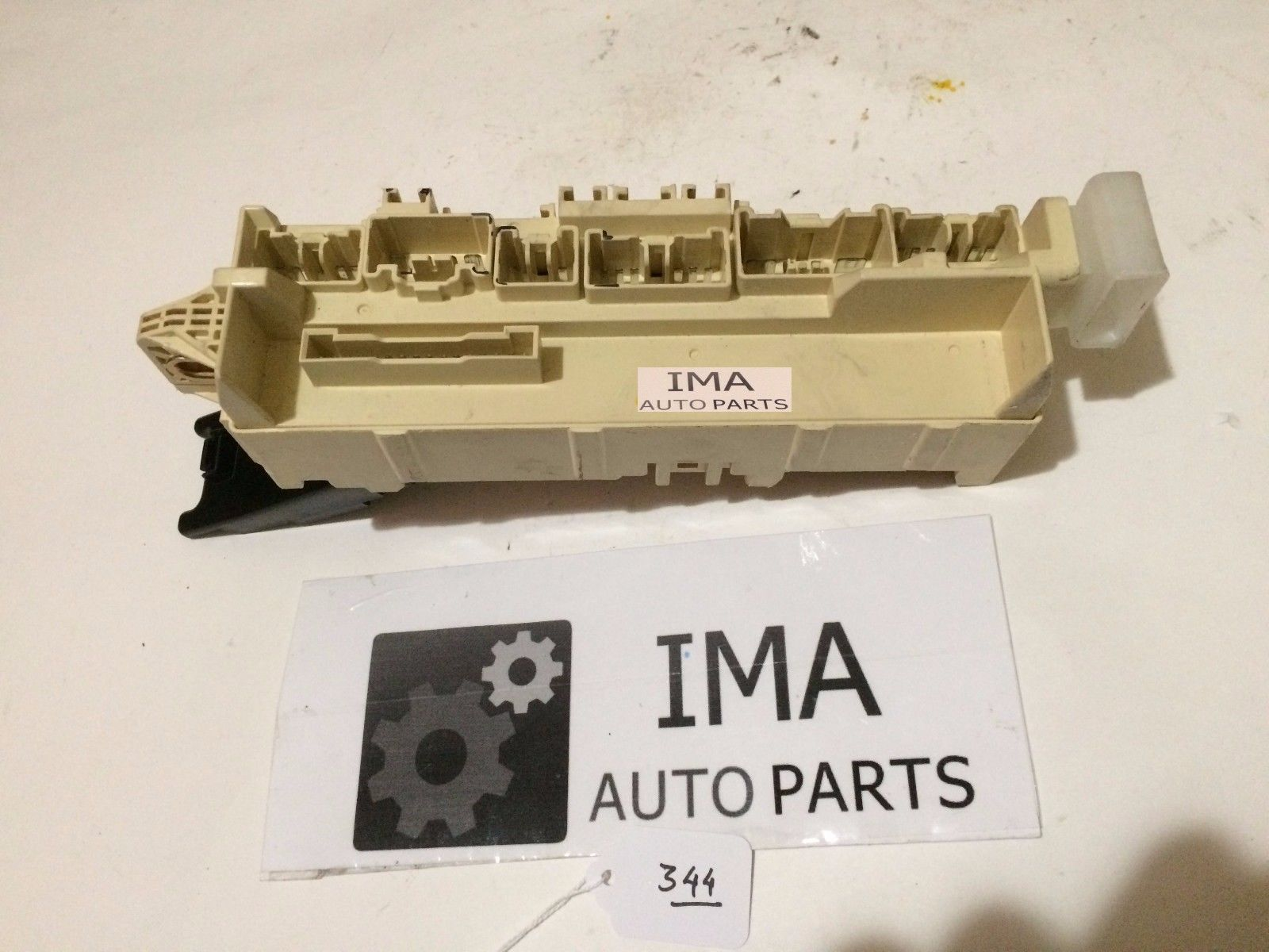 02 Mazda Millenia Fuse Relay Box Genuine Part Tc86 020702 1 Automotive And