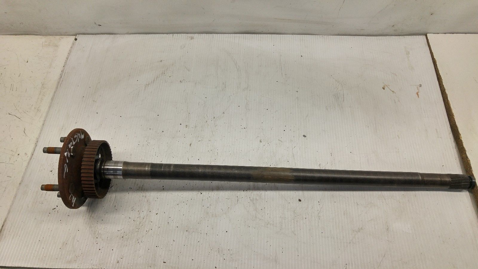 IP606176 2004 Mustang Rear Right Axle Shaft w/o ABS RH Right Side Passengers OEM Does not apply