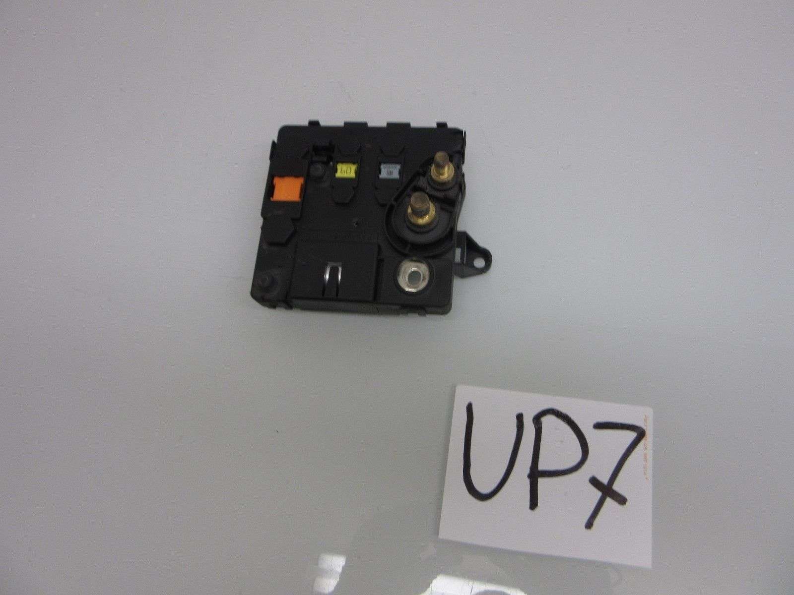 00 06 oem mercedes w220 battery fuse box cable connector 00 06 oem mercedes w220 battery fuse box cable connector 2205460641 2205460641