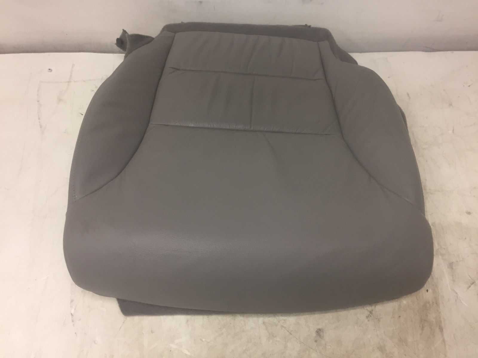 2013 Honda CR-V Front Left Driver Said Lower Grey Cover Leather Seats