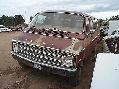 1977 DODGE 200 VAN ALTERNATOR 60 AMP 180046