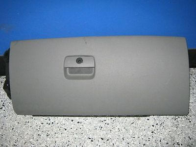 08 <em>GMC</em> <em>SIERRA</em> <em>1500</em> GLOVE BOX DOOR 2943514