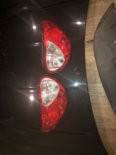 Jaguar X Type Tail Light Set