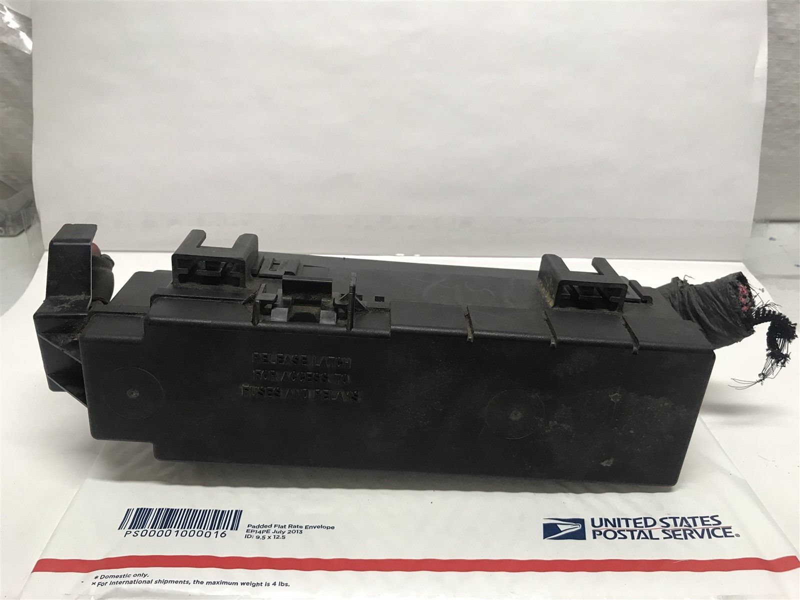02 07 Jeep Liberty 37l Under Hood Fuse Box Relay Center Oem 56050741af Does