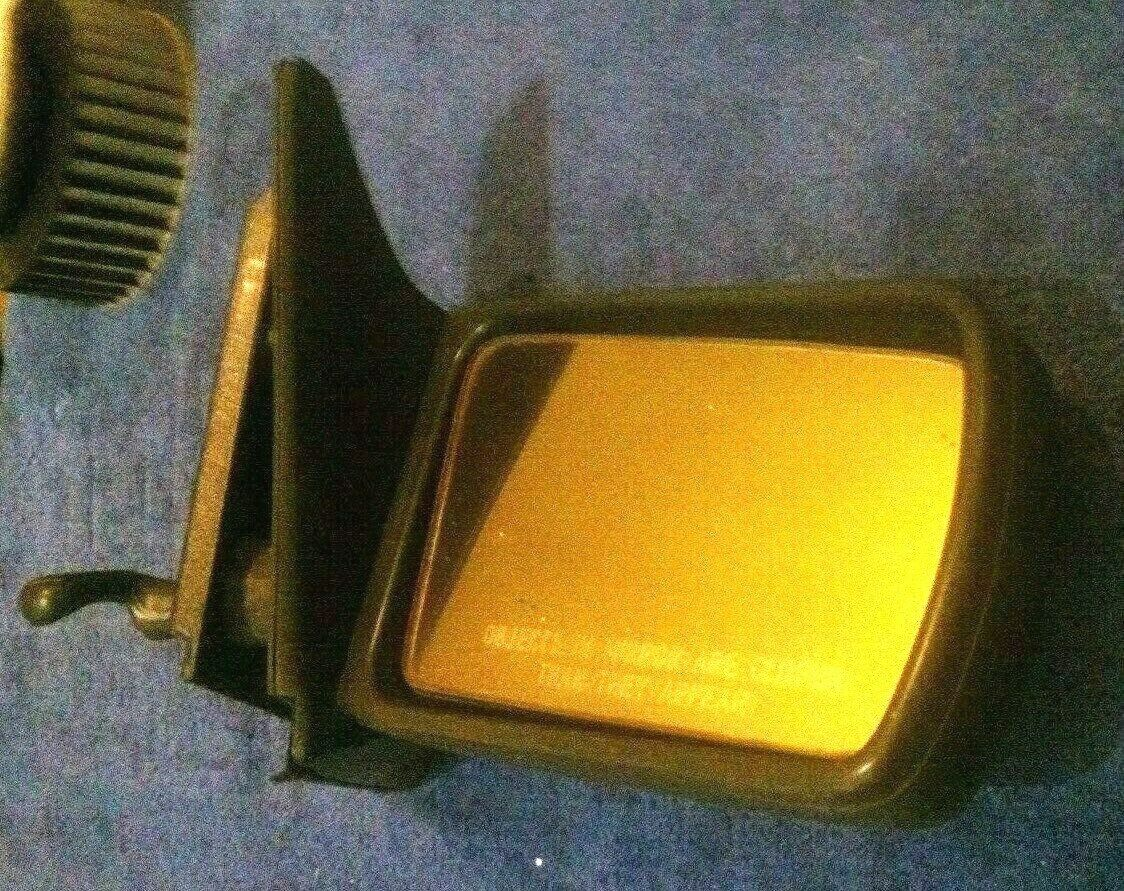 Vintage 1983 Classic Saab 900 Sedan  Hatchback Right Manual Rearview Mirror Does Not Apply