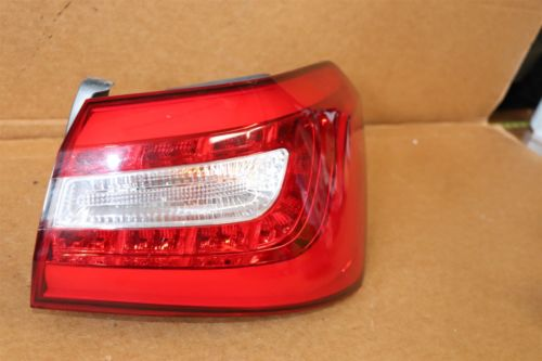 14-16 Kia Cadenza Rear Taillight Tail Light Lamp Passenger Right RH 158342