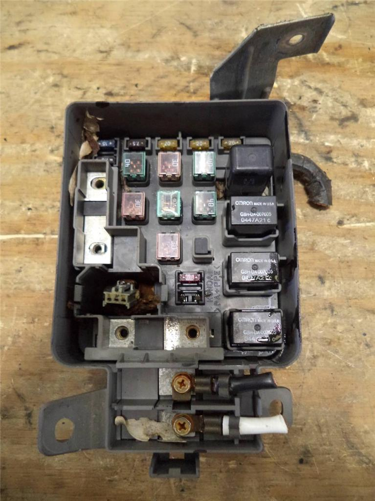 Under Hood Fuse Box Honda Civic : Honda civic automatic under hood fuse