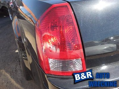 05 06 07 CHRYSLER 300 L. TAIL LIGHT BASE LIMITED AND TOURING 5848946 5848946