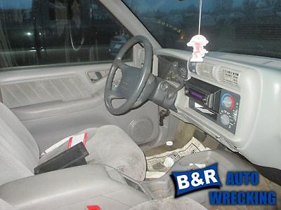 95-00 01 02 03 04 05 S10 BLAZER STEERING GEAR/RACK POWER STEERING 4X4 8292199 551-01649 8292199