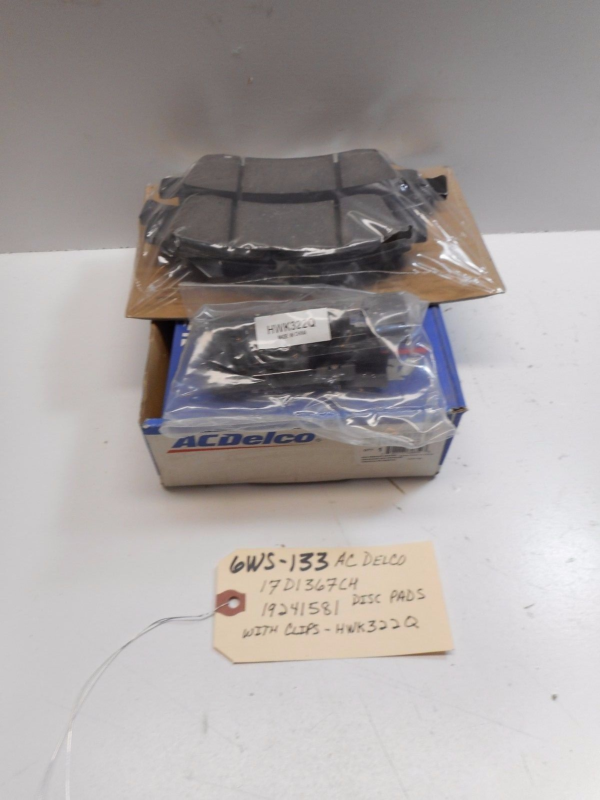 ACDELCO 17D1367CH GM 19241581 DISC PADS WITH CLIPS KWK322Q
