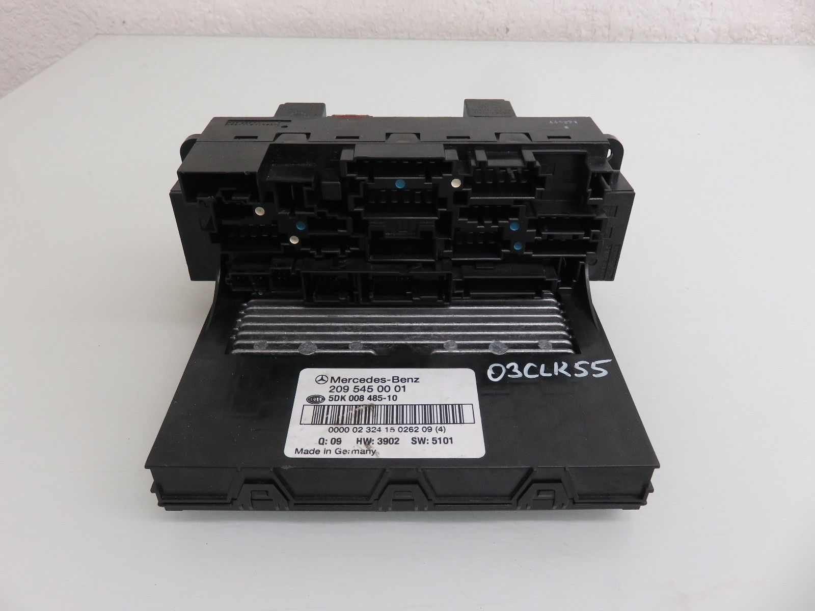03 06 Mercedes Benz W209 Clk55 Amg Front Sam Fuse Relay Box Oem 2095450001