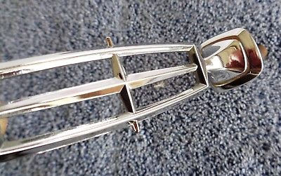NICE Original OEM 90-97 Town Car CHROME Hood Ornament Emblem with Base & Spring F7VZ8213-AA