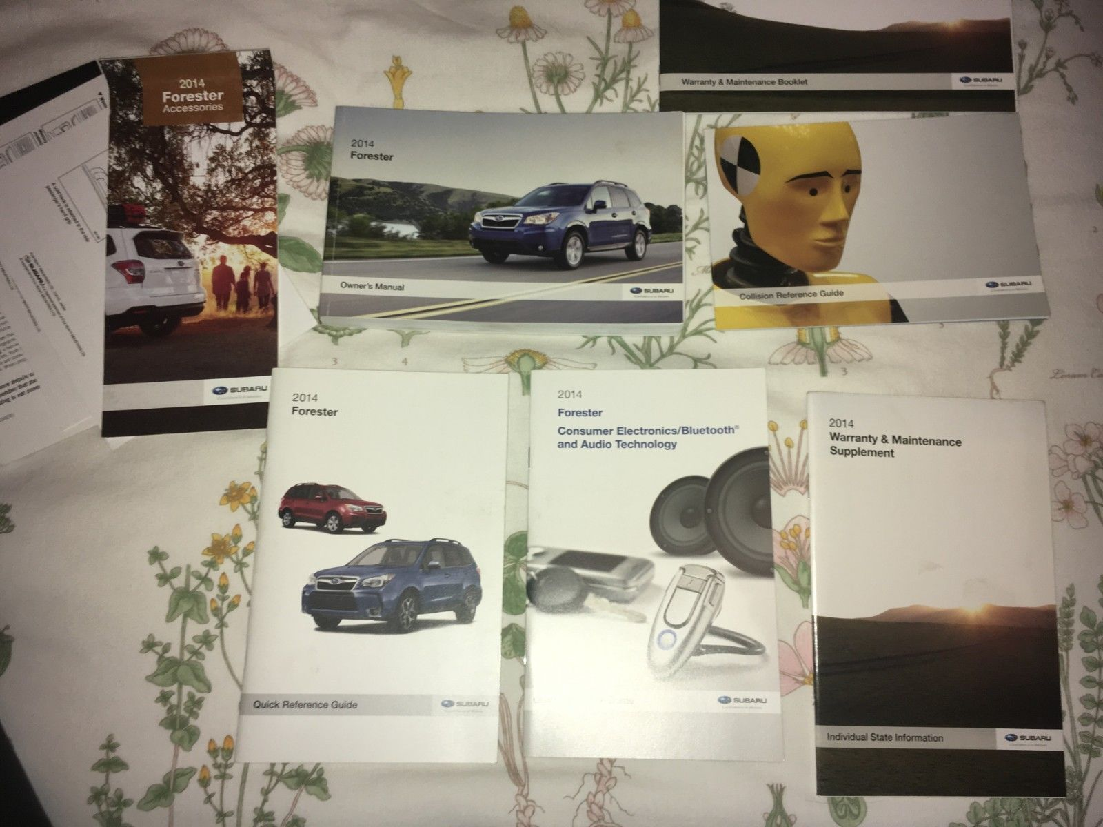 2014 Subaru Forester Owner's Manual Set with Case