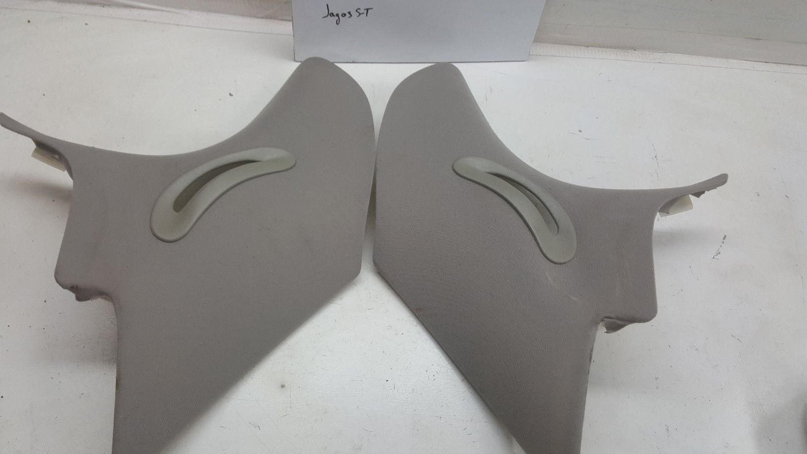 Jaguar S-TYPE C PILLAR GRAY PILLARS MOLDINGS 2003-2004-05-06-07-08