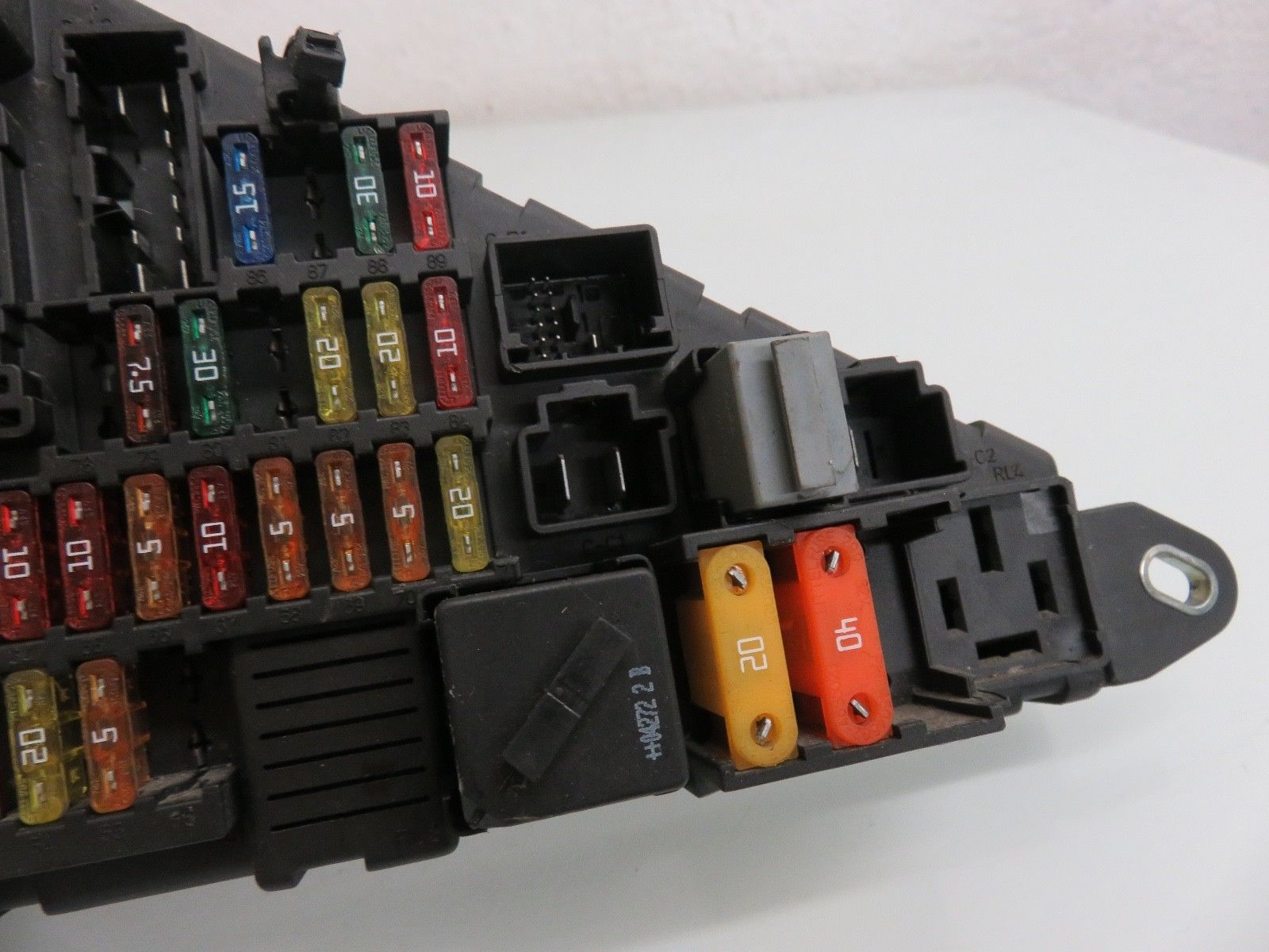 04 - 05 bmw e60 545i trunk mounted fuse box oem 6906588