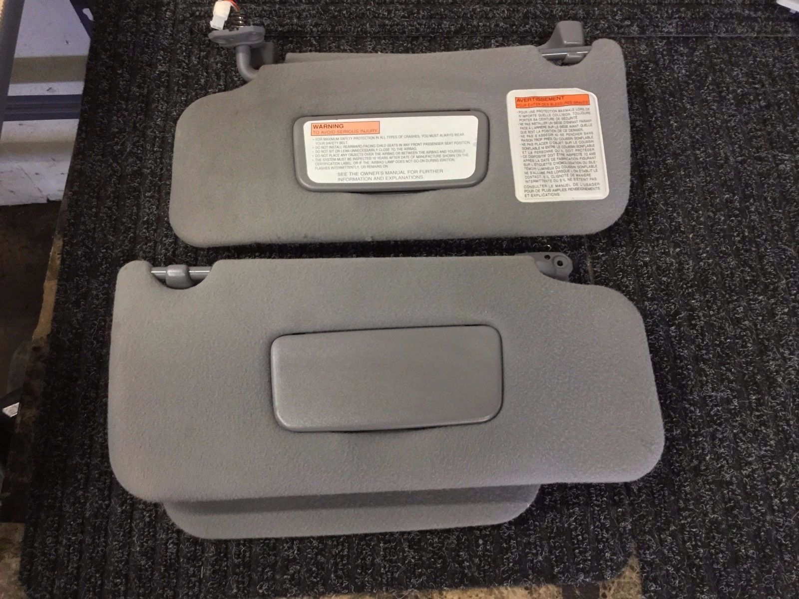 97 98 99 00 01 02 03 04 INFINITI QX4 pathfinder SUN VISORS SET GRAY HOMELINK  FACTORY GENUINE STOCK ORIGINAL OEM OE