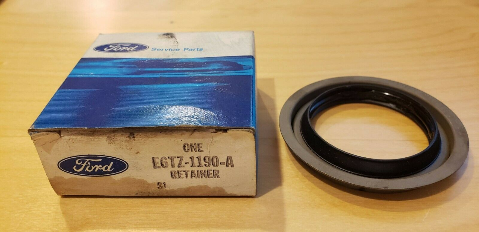 2 OEM Ford Retainer Wheel Hub Axle Seal EGTZ-1190-A EGTZ1190A You Get 2 Does not apply 1008207