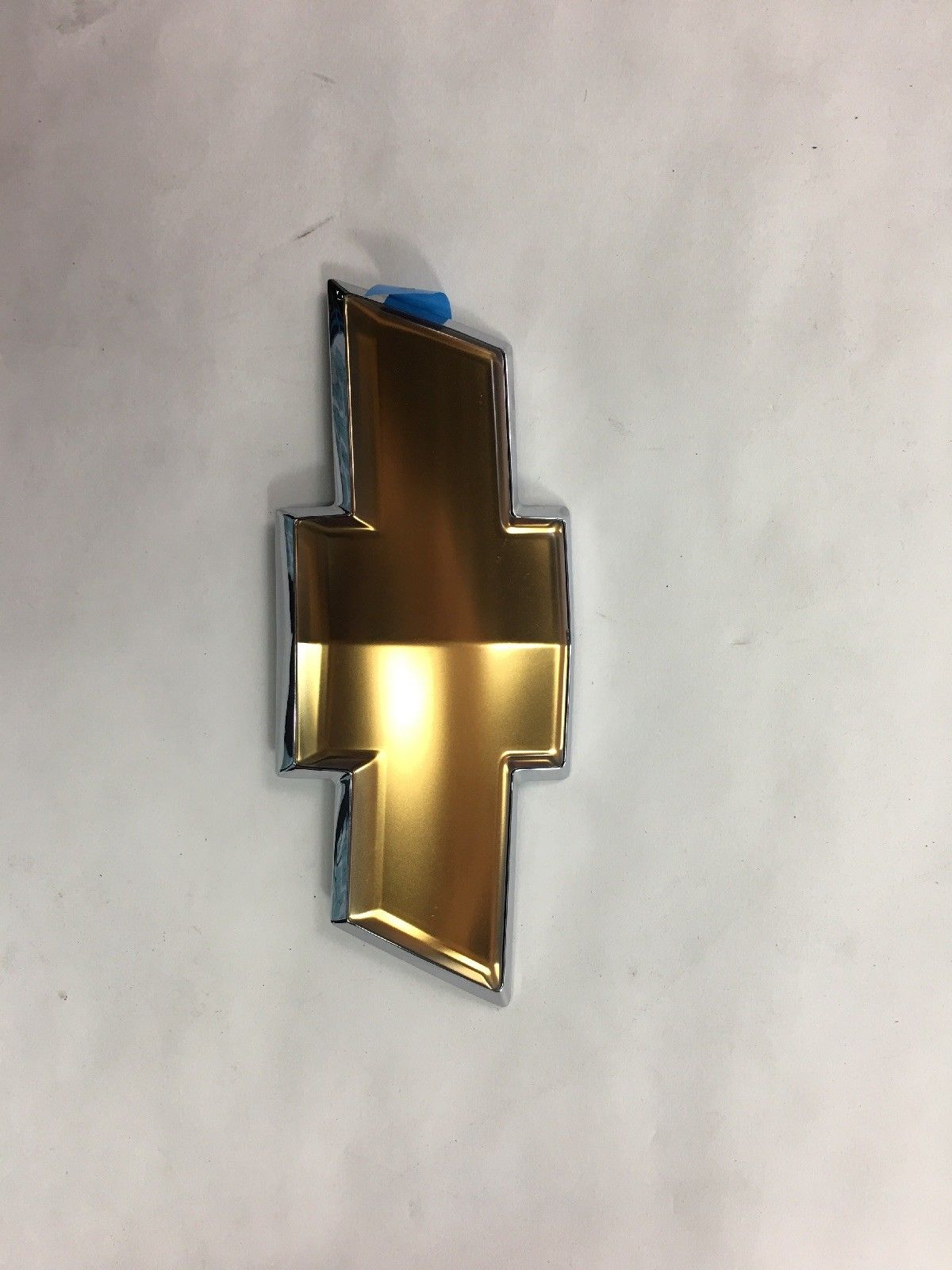 New OEM Chevy Cobalt Gold Bow Tie Front Grille Emblem 2005-2010 10359862 10359862