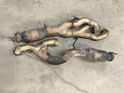 BMW 540i E39 4 4L Pair of Exhaust Manifolds Headers Bank 1 & 2