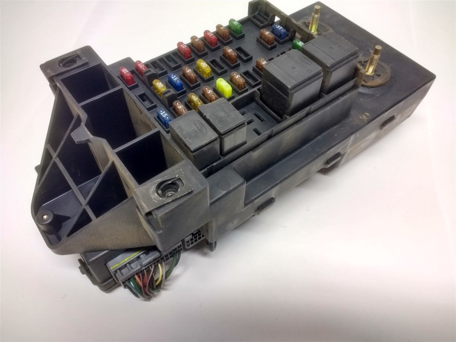 99 04 Ford F150 Interior Dash Fuse Box Junction With Gem Oem Yl3t Inside 14a067