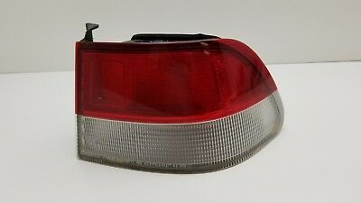 1999 2000 <em>HONDA</em> <em>CIVIC</em> OEM PASSENGER FACTORY RIGHT SIDE TAIL LIGHT ASSEMBLY USED