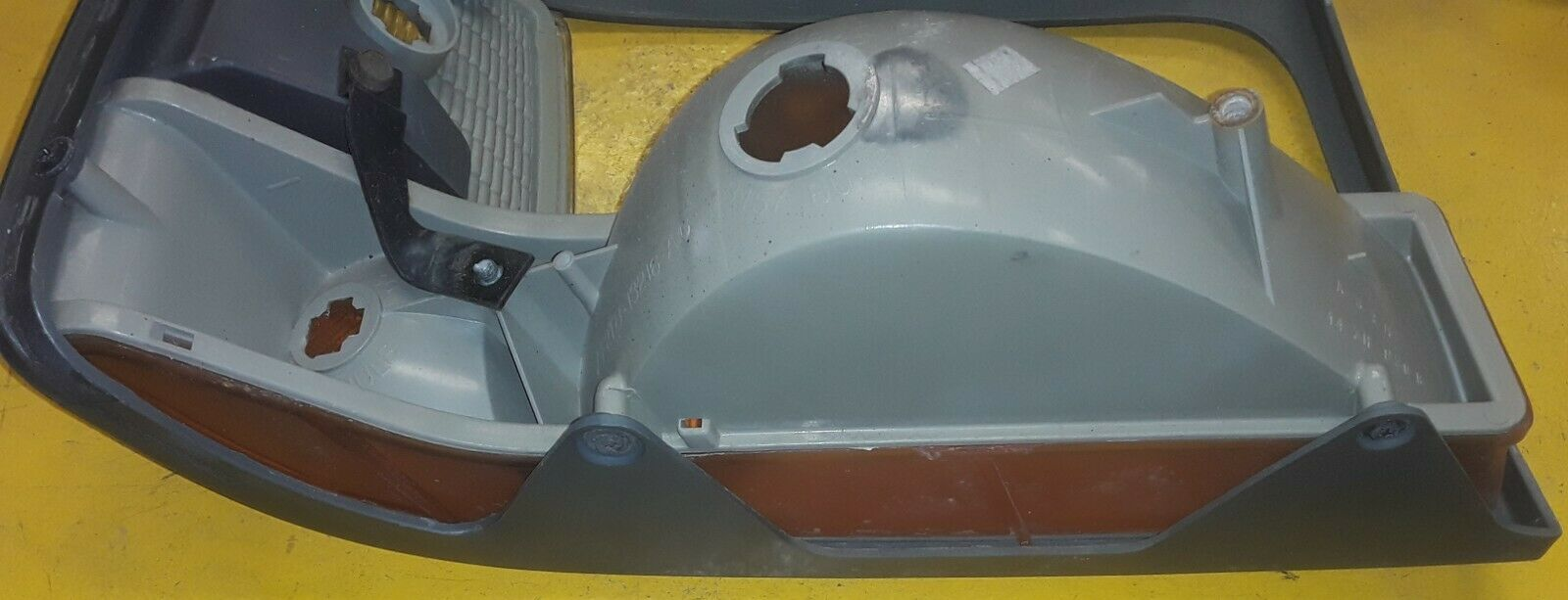 OEM FORD 92-96 F150 F250 F350 Bronco LH HEADLIGHT Assembly trim F2TB-13216-AG Does not apply