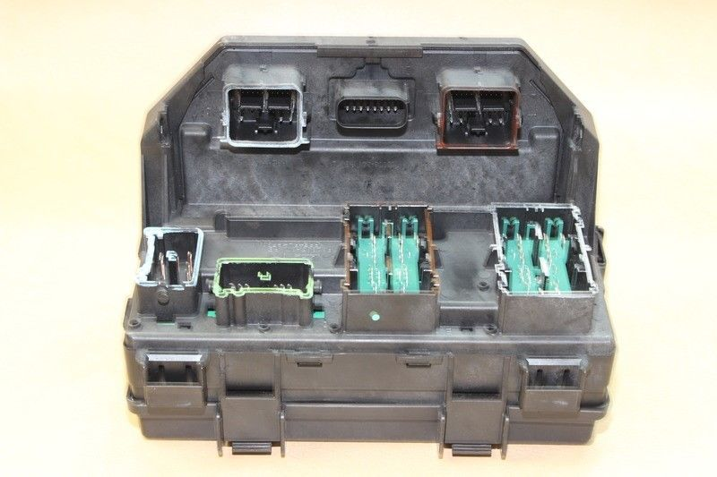 reman 2011 journey caravan tipm temic integrated fuse box module 04692335ai  oem does not apply 991