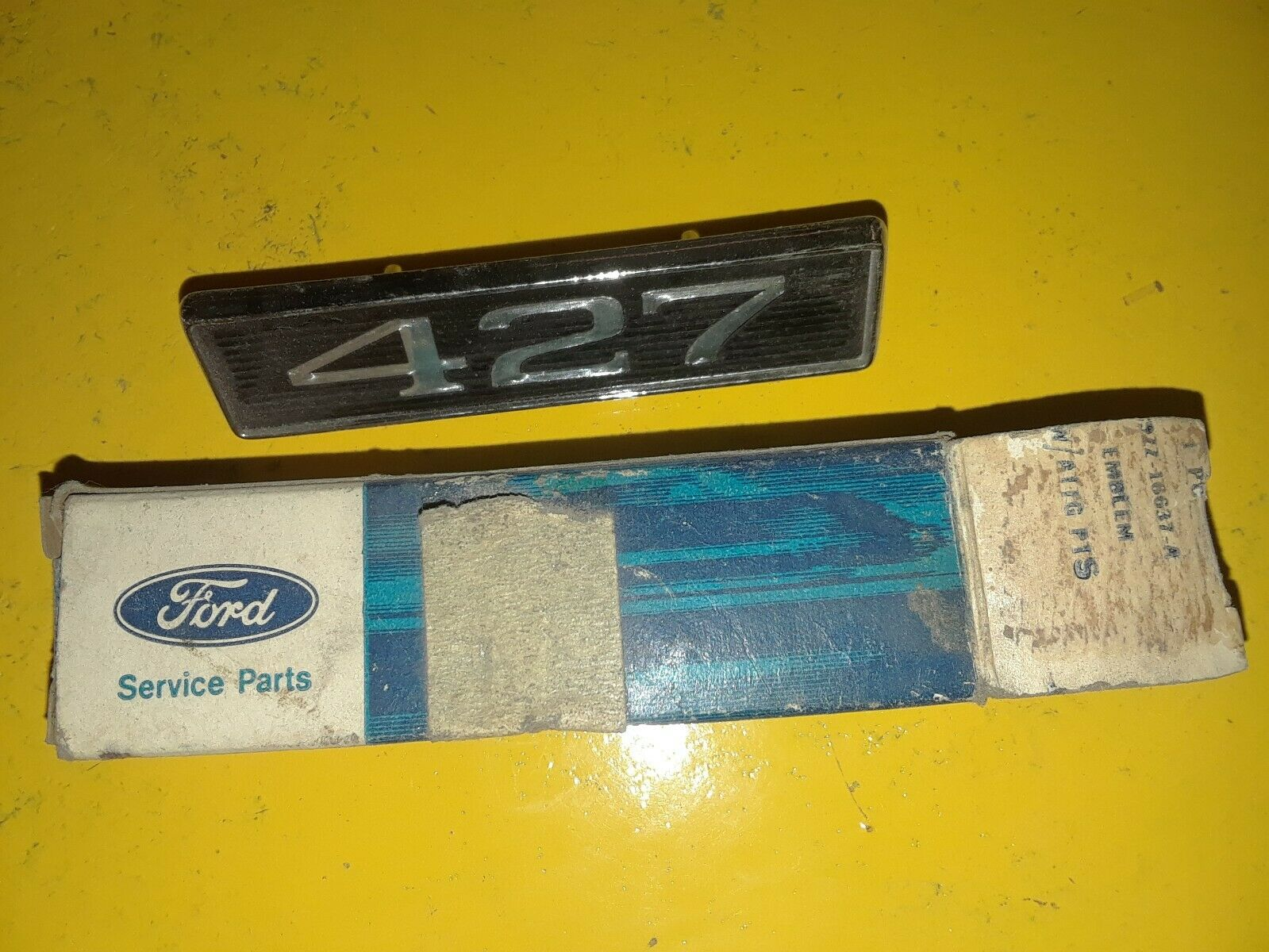 OEM 1969 FORD MUSTANG TORINO GT 427 HOOD SCOOP C9ZZ-16637-A C9ZB-16B621-A  Does not apply