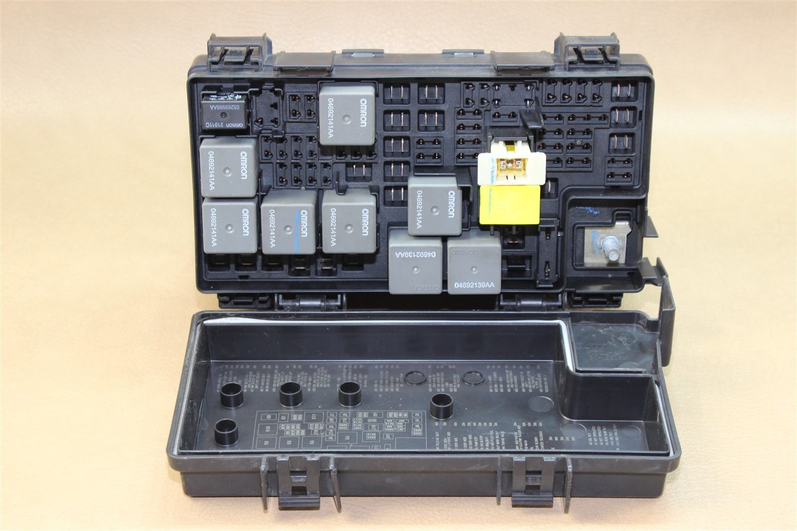 Reman 07 Dodge Nitro Tipm Temic Totally Integrated Fuse Box Module 56049721al Does Not Apply 1099