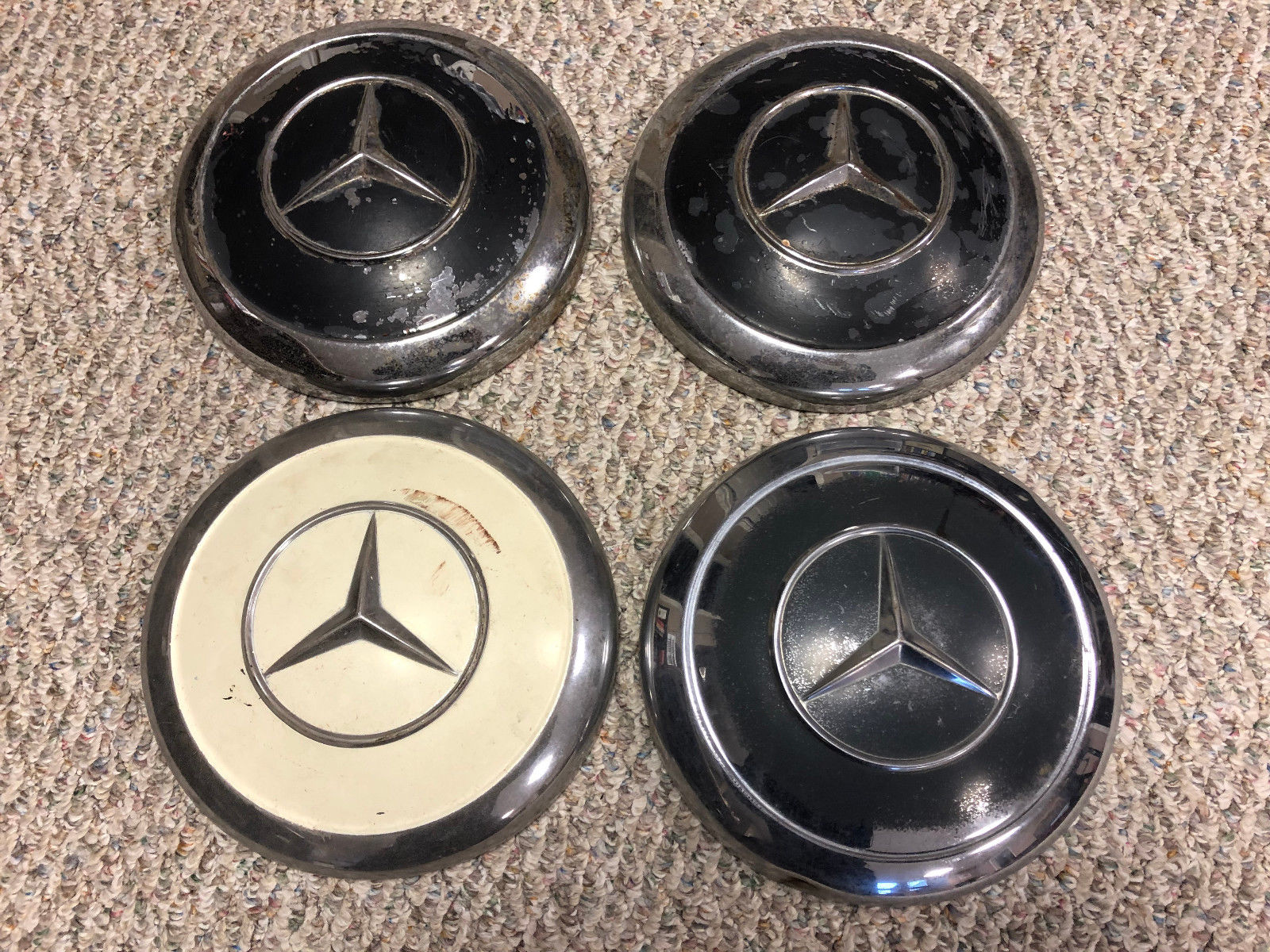 (4) 3, BLACK 1, WHITE HUB CAP for Mercedes 190SL 220se 230SL 280SE 300SL
