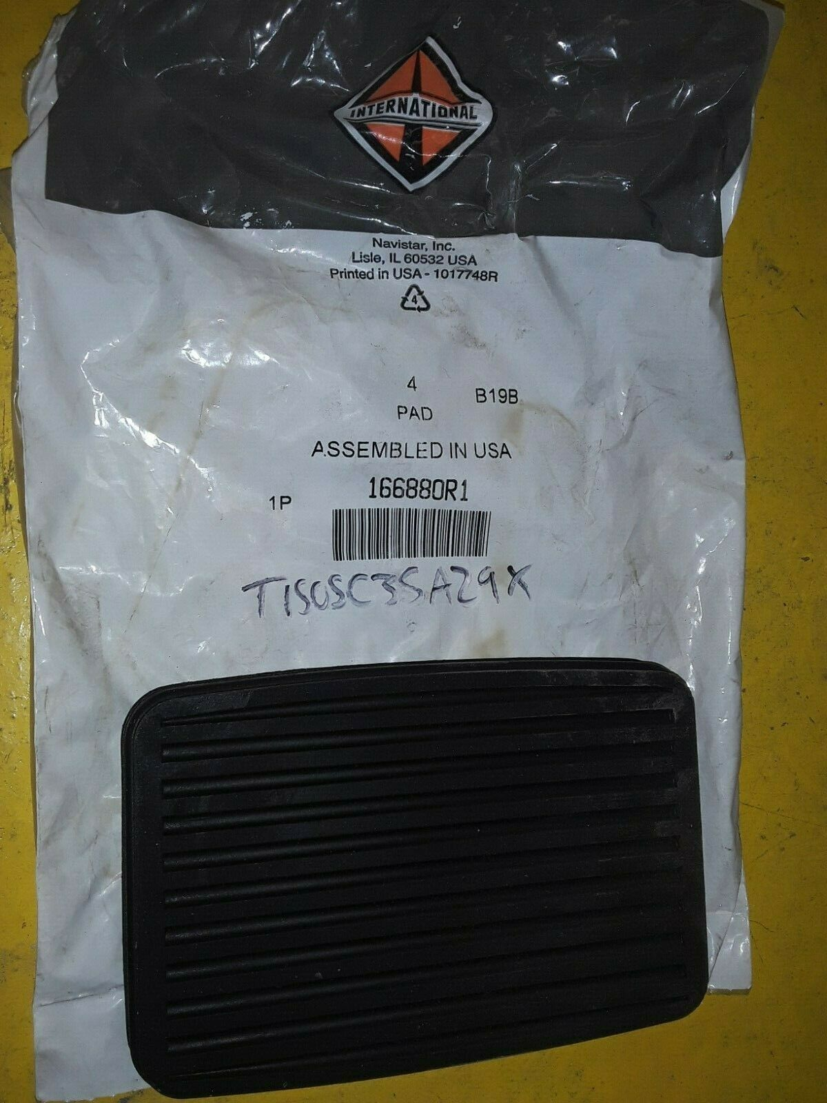 OEM INTERNATIONAL BRAKE PEDAL PAD 166880R1