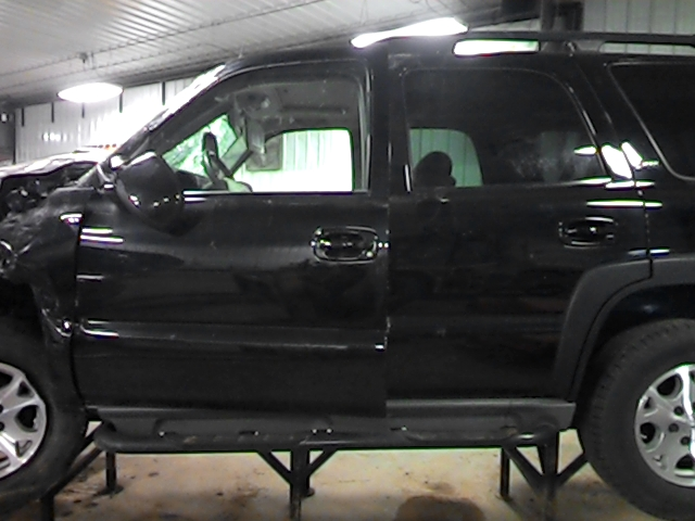 2005 Chevy Tahoe Glove Box Door 23958080 260 Gm8b05