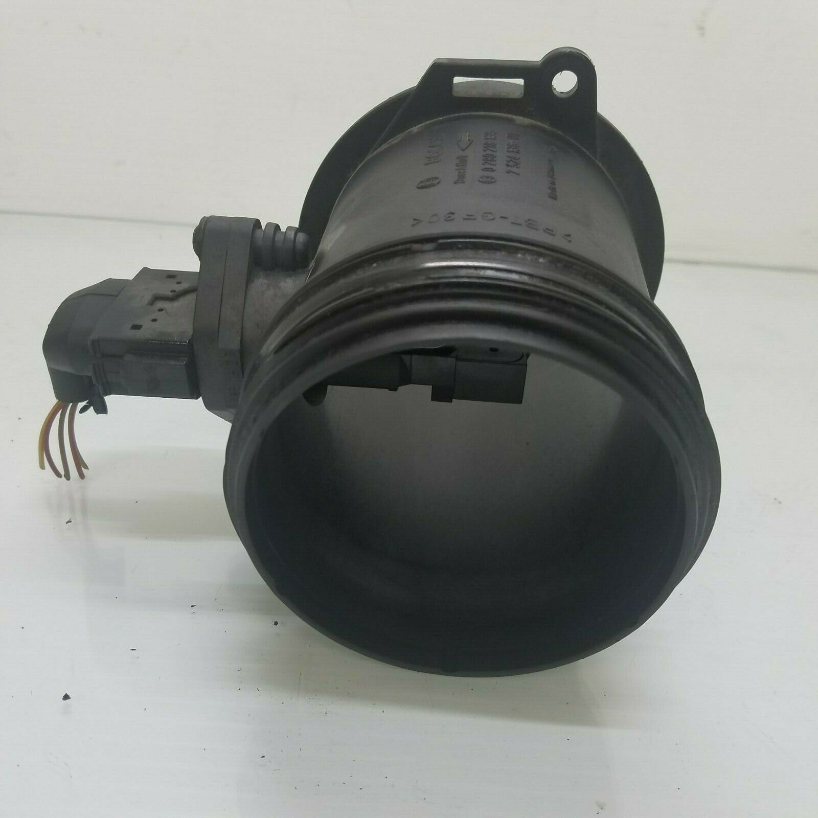 2004-2007 BMW 645Ci HOT FILM MASS AIR FLOW METER MAF SENSOR OEM 7524136 Does not apply E63BM8