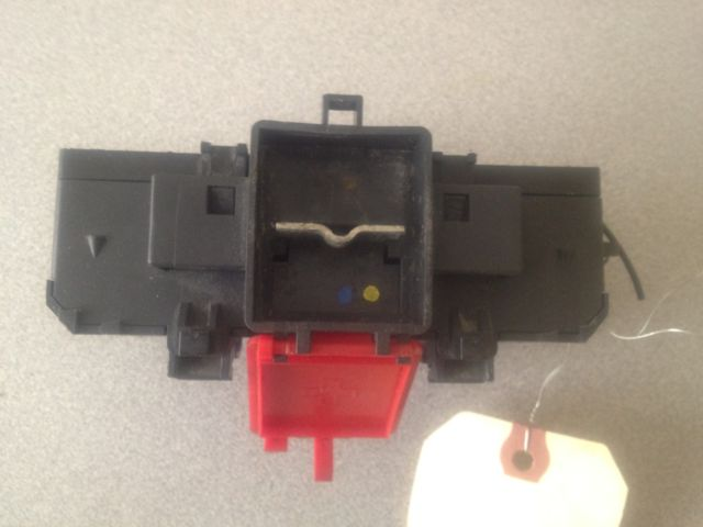 Mercedes benz w fuse box battery terminal junction