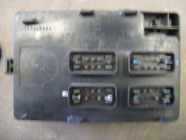 jaguar xj8 xj8l vanden plas 1998 1999 2000 2001 02 2003 ... 1999 jaguar xj8 fuse box 2001 jaguar xj8 fuse box diagram