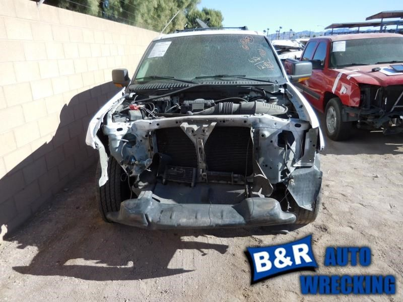 05 06 07 FORD EXPEDITION WINDSHIELD WIPER MTR MOTOR AND LINKAGE 8547097 8547097