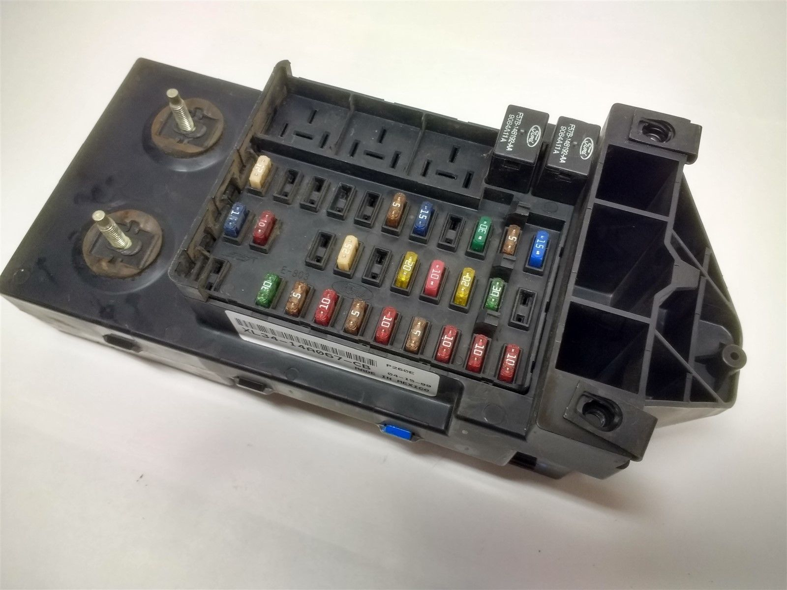 99-03 Ford F150 F250 Dash Fuse Box Relay Junction Module with GEM XL34-14A067-CB Does not apply XL34-14A067-CB    GEM: XL34-14B205-JB