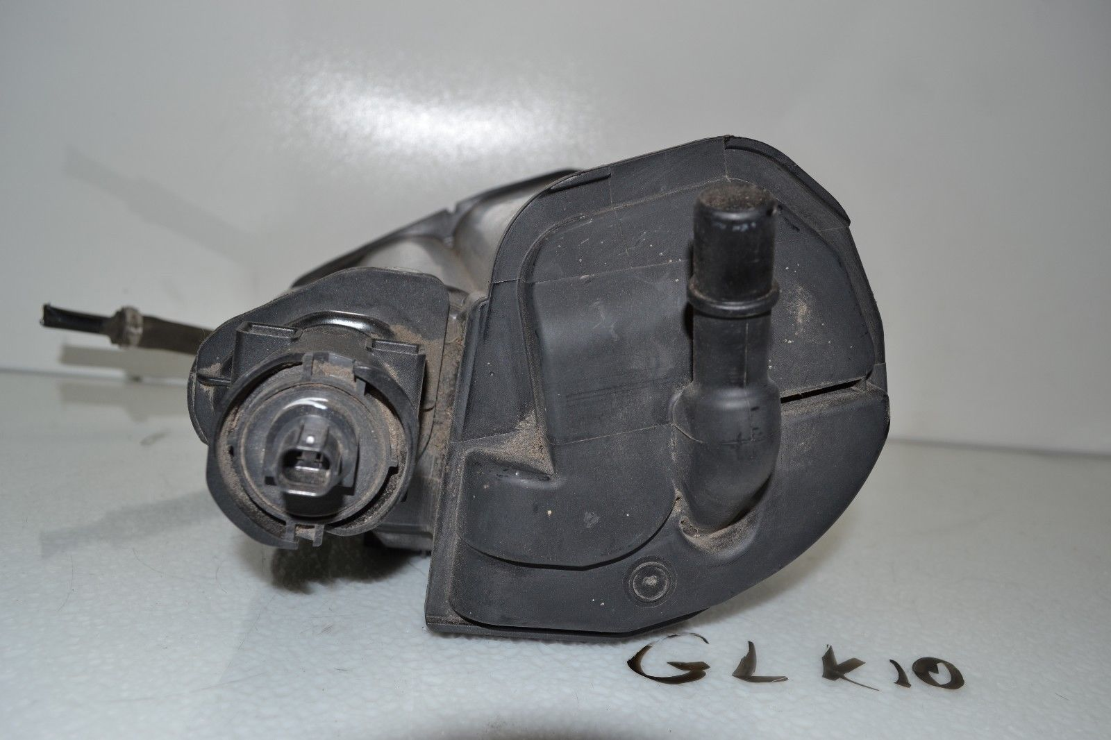 2010-2012 Mercedes GLK350 FUEL VAPOR EVAPORATOR CANISTER OEM 2034700659 Does not apply