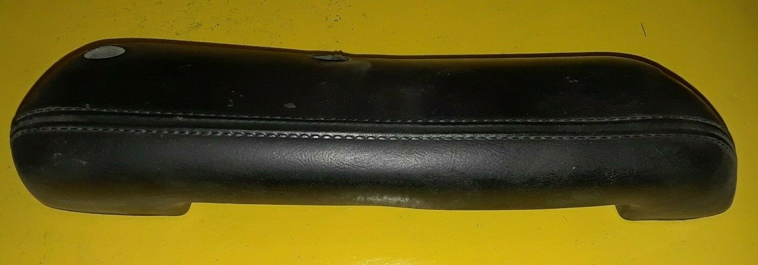 FORD OEM FRONT RIGHT DOOR PANEL ARMREST BLACK D0TB-1024140-AW Does not apply