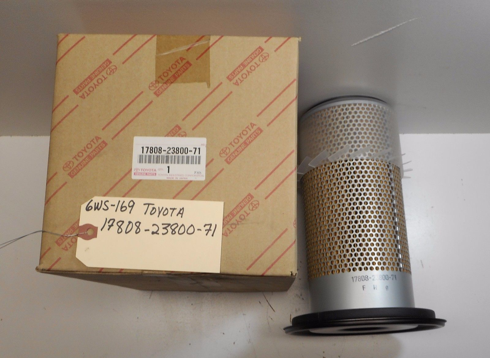 TOYOTA AIR FILTER 17808-23800-71 117AF *FREE SHIPPING*