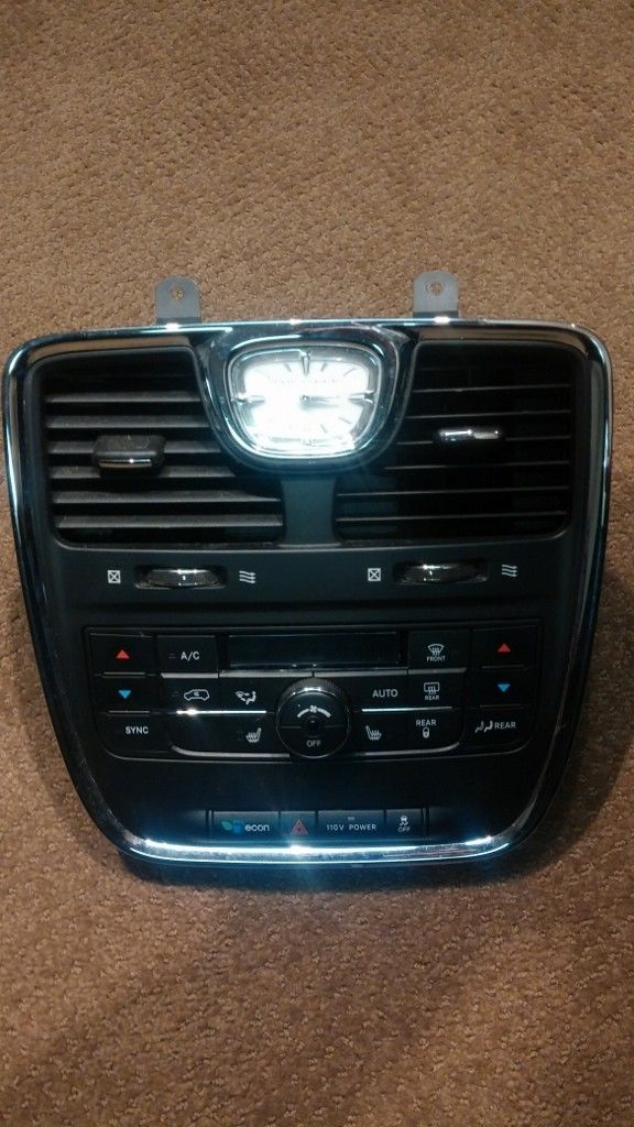 CHRYSLER TOWN & COUNTRY Heater A/C Climate Control front dash mounted ac panel